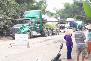 Tạm dừng phương tiện chở đất đá trên địa bàn xã Hòa Nhơn