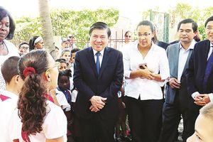 Cuba mong TPHCM chung tay phát triển du lịch