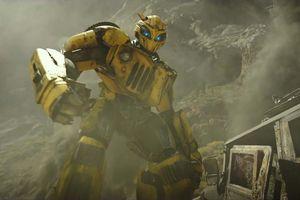Bumblebee trở lại ấn tượng trong trailer mới
