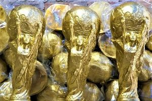 Mục sở thị xưởng sản xuất cúp vàng World Cup