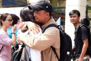 Thi lớp 10 ở Hà Nội:Thí sinh thẫn thờ rời phòng thi vì câu hỏi bất ngờ
