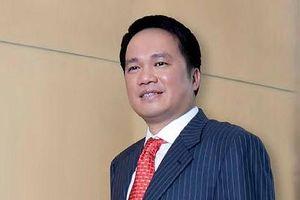 Gia đình Chủ tịch Hồ Hùng Anh mất hơn 4.500 tỷ đồng sau 1 tuần Techcombank lên sàn