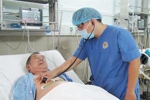 Tắc nghẽn phổi, suy tim cấp do cục máu đông