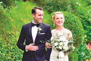 Ngôi sao Matthew Lewis làm đám cưới ở Italy