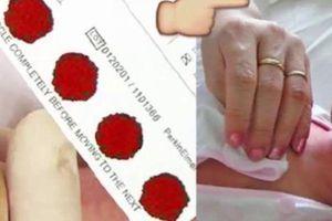 Bác sĩ sản khoa giải thích vì sao phải lấy máu gót chân trẻ sơ sinh