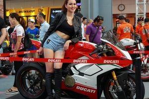 Ducati Panigale V4 công bố giá bán từ 745,9 triệu đồng tại Việt Nam