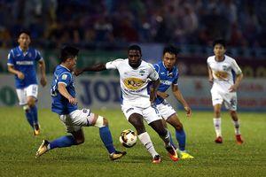 Sự thật về chuyện bầu Đức mua thủ môn ĐT Lào thay Rimario
