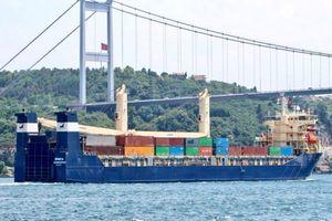 Tàu Nga chở đầy viện trợ quân sự tới cảng Tartus, Syria