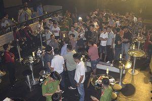 Phát hiện 50 đối tượng dương tính với ma túy trong quán bar ở Huế