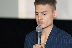 Nhận 40 show diễn trong 1 tháng, 'hiện tượng mạng' Hoa Vinh sức khỏe xuống dốc, muốn tạm ngưng ca hát