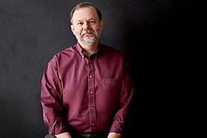 Robert J.Lang làm giám khảo cuộc thi Origami: 'Sáng tạo cùng Hình cơ bản'