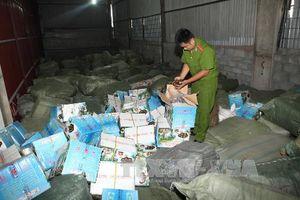 Lạng Sơn thu giữ lượng lớn nguyên liệu thuốc bắc không rõ nguồn gốc