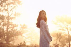Yến Trang rủ trai trẻ quay MV, ám ảnh khi ghi hình đạp xe đôi lãng mạn