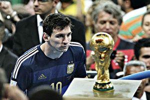 Roberto Carlos: 'Nếu là người Brazil, Messi đã vô địch World Cup'