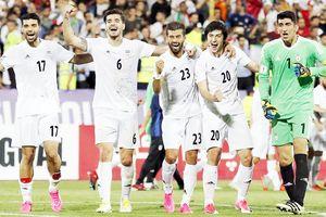 Marocco - Iran (22 giờ ngày 15-6, bảng B): Kẻ tám lạng, người nửa cân