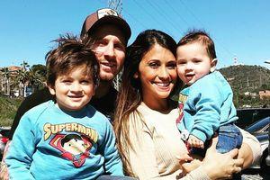 Khác Ronaldo, Messi luôn bên gia đình trong các chuyến du lịch