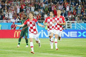 Thi đấu tinh quái, Croatia 'xử đẹp' Nigeria