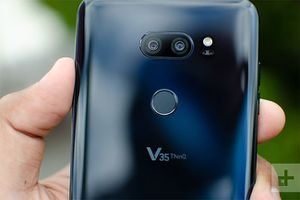 LG V35 ThinQ, Samsung Galaxy S9 và S9 Plus: Smartphone nào đáng 'đồng tiền bát gạo'?