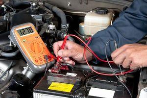 7 dấu hiệu ắc quy ô tô bị hỏng và cách khắc phục
