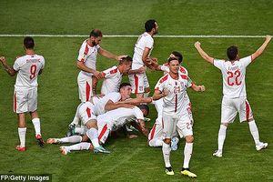 Serbia - Costa Rica (1-0): Cái chân trái huyền ảo của Kolarov