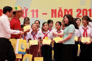 Gặp mặt 70 trẻ em có hoàn cảnh đặc biệt lần thứ 11