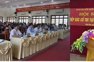 Đồng chí Trần Quốc Vượng, Ủy viên Bộ Chính trị, Thường trực Ban Bí thư, đại biểu Quốc hội khóa XIV tiếp xúc cử tri huyện Văn Yên (Yên Bái)
