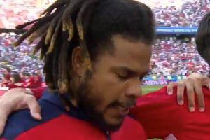 Lần đầu dự World Cup, tuyển thủ Panama bật khóc nức nở