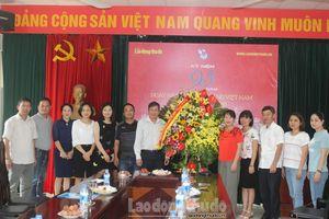 Lãnh đạo Tổng LĐLĐ Việt Nam thăm, chúc mừng báo Lao động Thủ đô