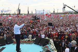 Tổng thống Erdogan: 'Hãy cho phương Tây một bài học'