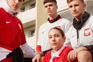 Nike - adidas: 'Cuộc chiến' tranh giành thị phần World Cup khốc liệt