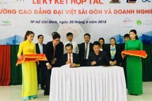 CĐ Đại Việt ký hợp tác với hơn 30 doanh nghiệp để 'bao' đầu ra cho sinh viên