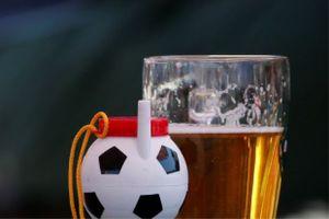 Moscow 'khan hàng' bia, rượu trong thời gian World Cup 2018 vì tiêu thụ tăng vọt
