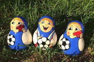 Búp bê Nga 'biến hình' vì World Cup