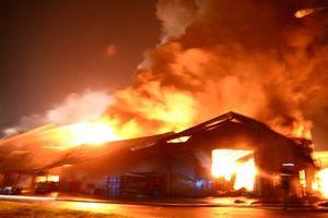 Bị vợ mắng do đi uống rượu, chồng phóng hỏa đốt nhà