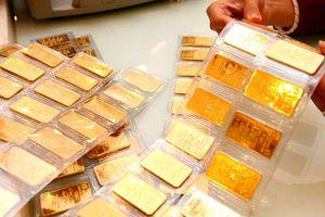 Giá vàng giảm mạnh, sau động thái hạ nhiệt căng thẳng thương mại của Mỹ