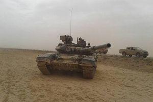 Vệ binh Syria xung trận đánh bạt IS tháo chạy vào sa mạc Sweida
