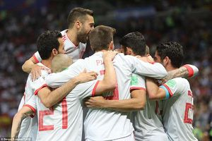 Costa ghi bàn may mắn, Tây Ban Nha nhọc nhằn thắng Iran 1-0