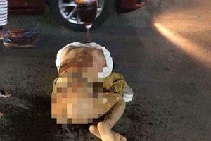 Khởi tố 3 người đánh ghen, lột quần áo, đổ mắm, ớt lên người cô gái