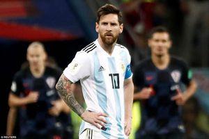 Chùm ảnh: Điệu tango lạc nhịp và sự bẽ mặt của Messi cùng đồng đội