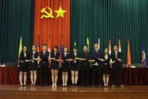 Những 'nhà ngoại giao' tương lai làm gì trong Hội nghị mô phỏng ASEAN toàn quốc 2018?
