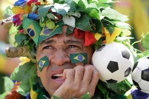 Cổ động viên World Cup, bé gái nhập cư vào top ảnh ấn tượng tuần