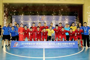 Đè bẹp chủ nhà Trung Quốc, futsal Việt Nam giành Á quân giải CFA 2018