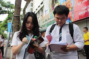 Thi THPT quốc gia 2018: Thí sinh bối rối với đề thi Ngữ văn 'lạ'
