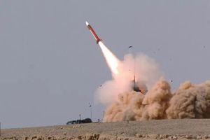 Tên lửa Israel rơi gần sân bay quốc tế của thủ đô Syria