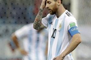'Messi bị stress và buồn'