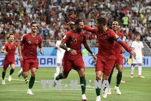 Tây Ban Nha và Bồ Đào Nha 'run rẩy' giành vé vào vòng knock-out