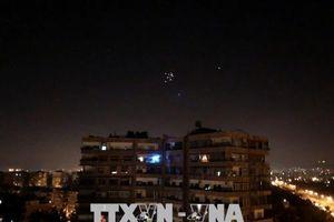 Syria: Tên lửa của Israel bắn vào gần sân bay Damascus