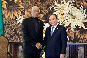 Thủ tướng Nguyễn Xuân Phúc tiếp lãnh đạo một số nước dự GEF 6