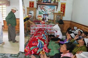 Nghệ An: Tang thương vùng quê nơi 7 người thương vong vì điện giật