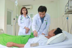Cứu sống bệnh nhân bị phình động mạch chủ ở vị trí đặc biệt